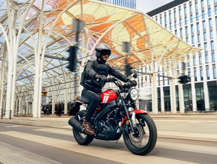 Sport Touring « Mootorrattad ja rollerid « TOOTED « Yamaha